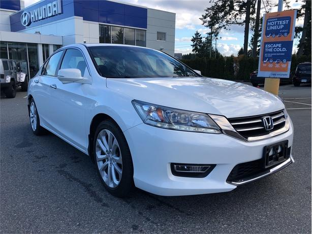 2013 Honda Accord Touring, Navigation, Leather, Sunroof