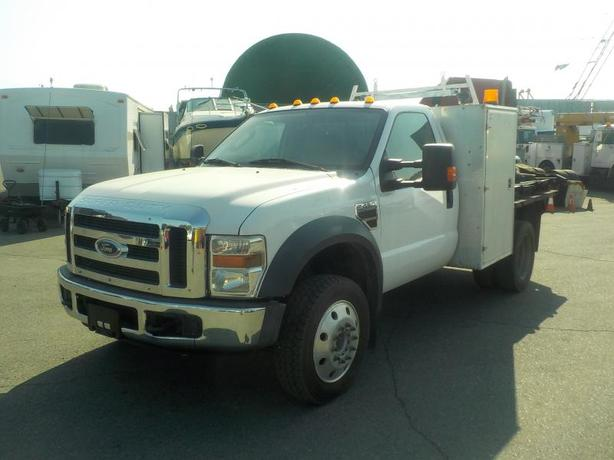 2008 Ford F-450 SD Regular Cab Dually Diesel 6 Foot Flat deck 2WD