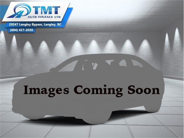 2013 Chrysler Town & Country LIMITED  - Leather Seats