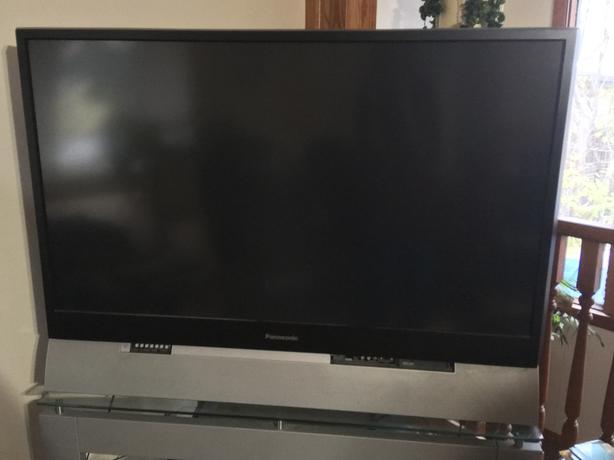 """52"""" Panasonic TV"""