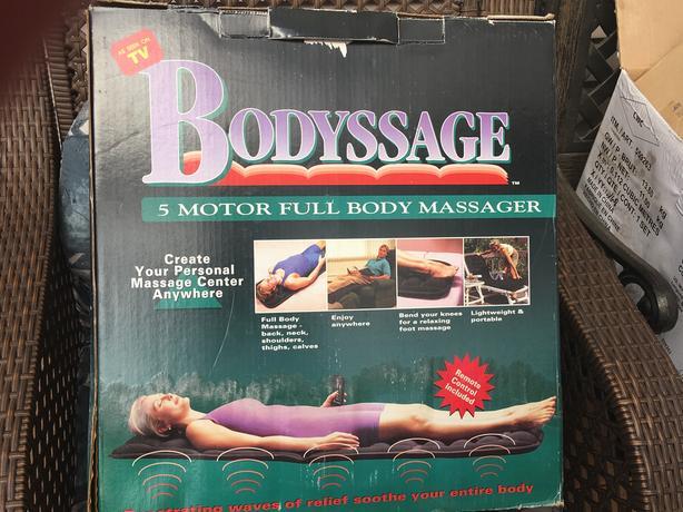 Body massage mat in box