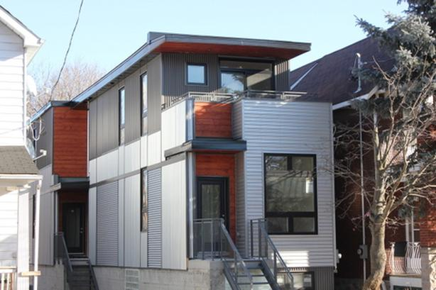 Centretown penthouse for early January