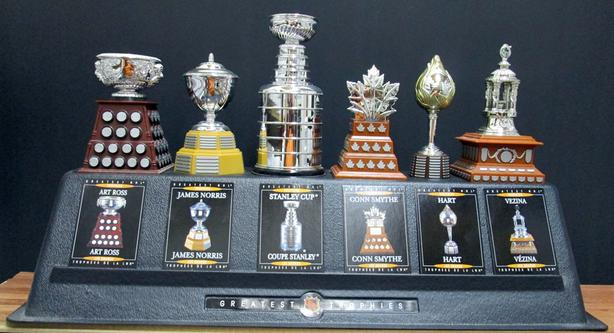 MCDONALDS NHL 2003-04 - 6 HOCKEY TROPHIES – FULL SET AND STAND