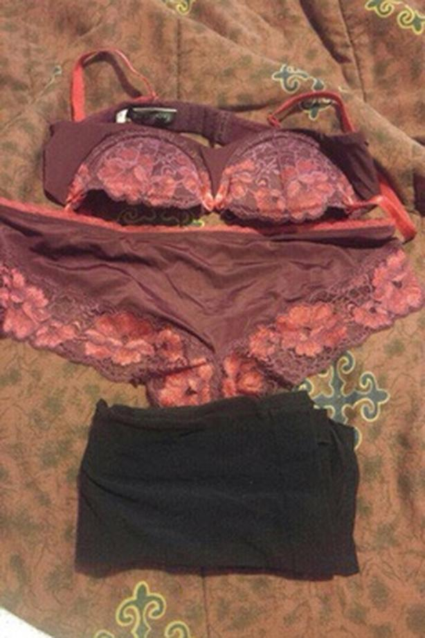 891d76cb4c75 sexy bra and panties size 34 A with black nylons Outside Montreal ...