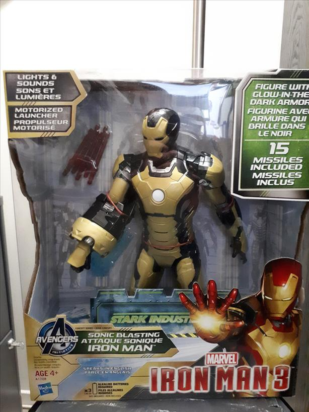 Marvel  Iron Man 3 Action Figure   12 inch  Brand new, Never opened