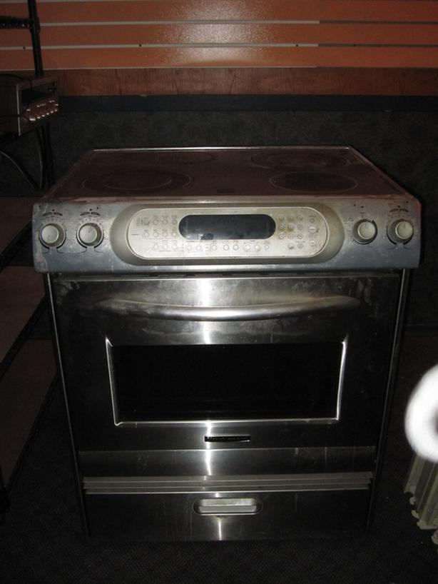 Stainless Steel Kitchen Aid Glass Top Stove Outside Cowichan Valley
