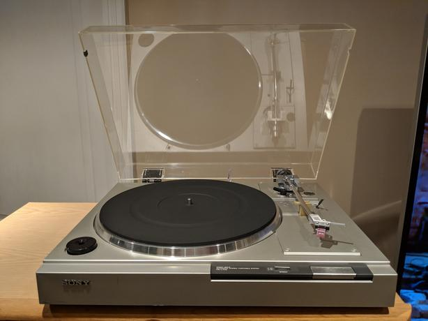 Turntable:  Sony PS-LX22 (Direct Drive)