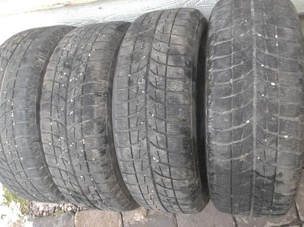 Blizzak Winter 205/60/16 tires on 4x114 rims, balanced