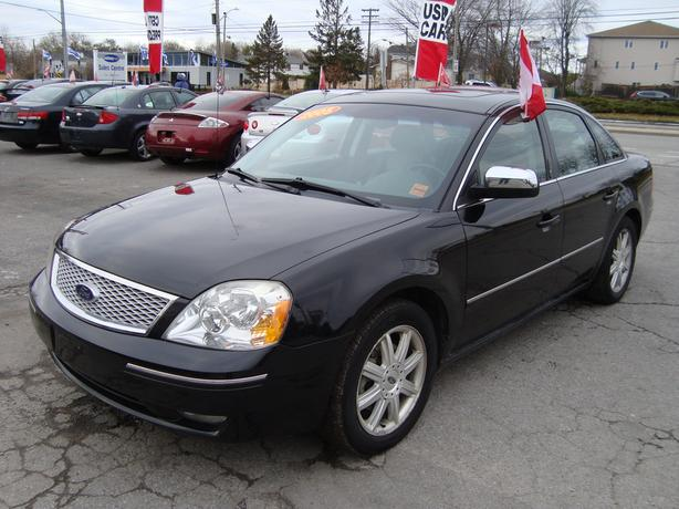 2005 Ford Five Hundred All Wheel Drive ! Loaded !