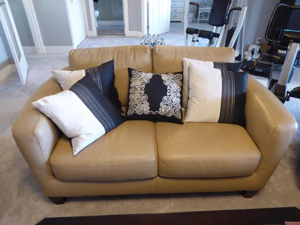 Marvelous Log In Needed 2 900 Natuzzi Leather Sofa Set Reduced Price Pdpeps Interior Chair Design Pdpepsorg