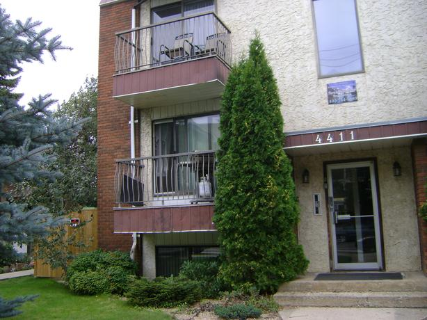 One Bedroom suite, Reduced SD, Utilities Included! Near Red Deer Rec Centre.