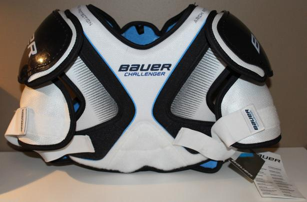 Bauer Challenger shoulder pads, Small