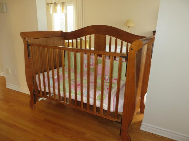 Solid Maple Crib and Change Table Nursery set