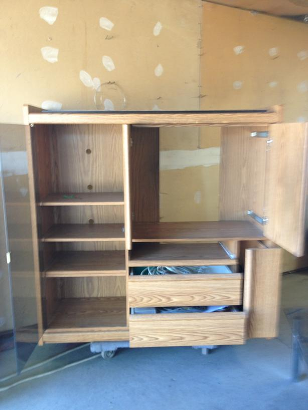 FREE:entertainment centre/ student desk/ storage unit