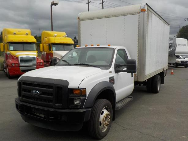 2008 Ford F-450 SD Regular Cab 16 Foot Cube Van Diesel with Ramp