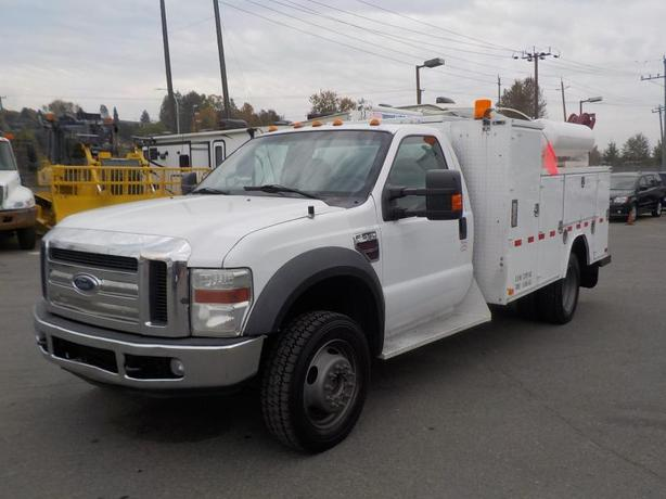 2008 Ford F-550 Service Box Regular Cab 4WD Dually with Crane Diesel