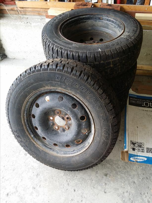 Winter Tires P215/70R16 For Sale