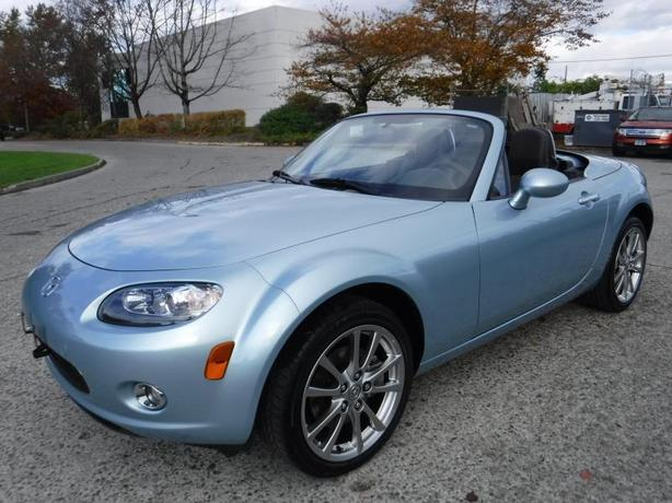 2008 Mazda MX-5 Miata Special Version Hardtop Convertible Manual