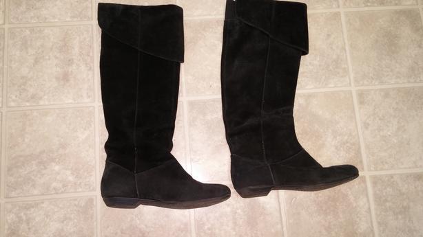 Women's Black Suede Knee High Boots Slightly Worn
