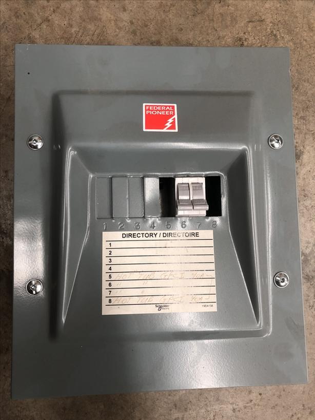 8''x10'' Federal Pioneer 120/240V 70 AMP elec. circuit breaker box