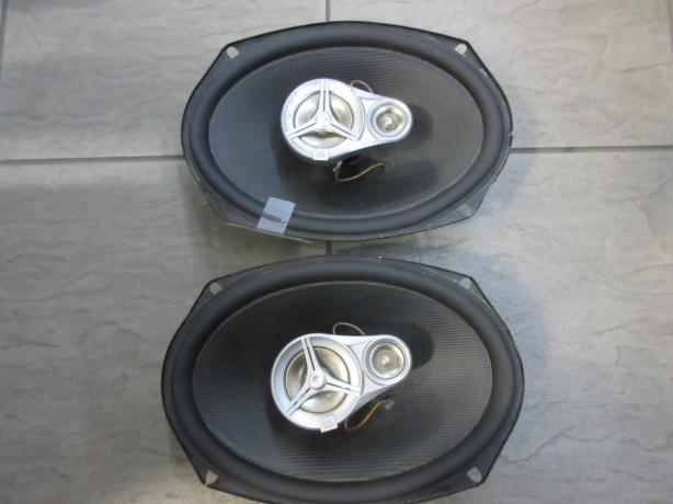 JBL 6X9 Speakers  **Money Maxx**