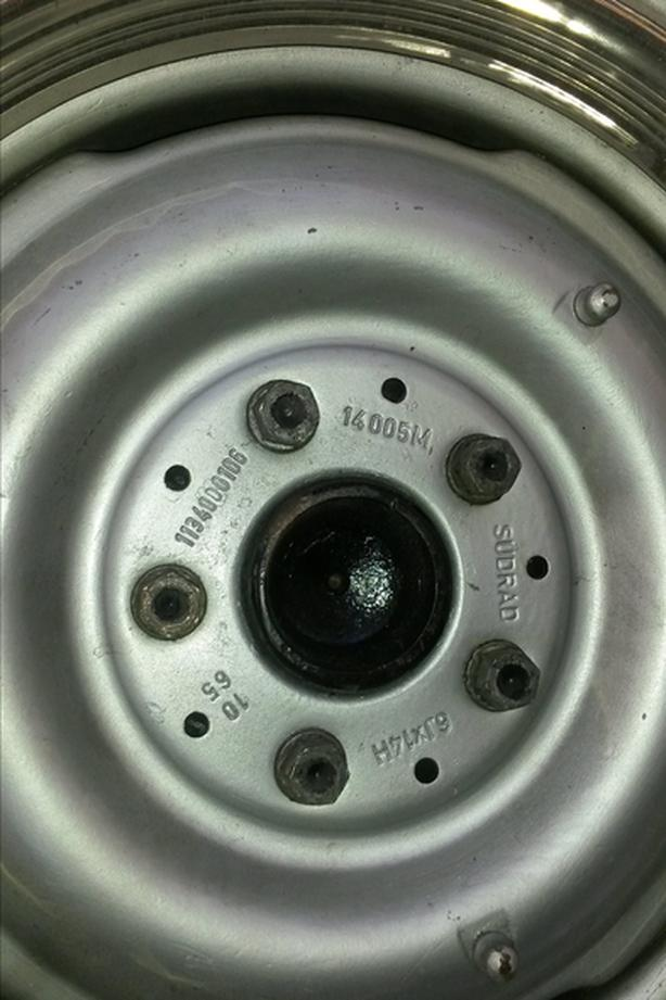 WANTED: 1960's Mercedes wheel for 230SL