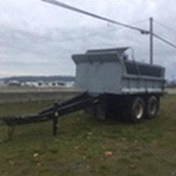 Tandem axle gravel trailer