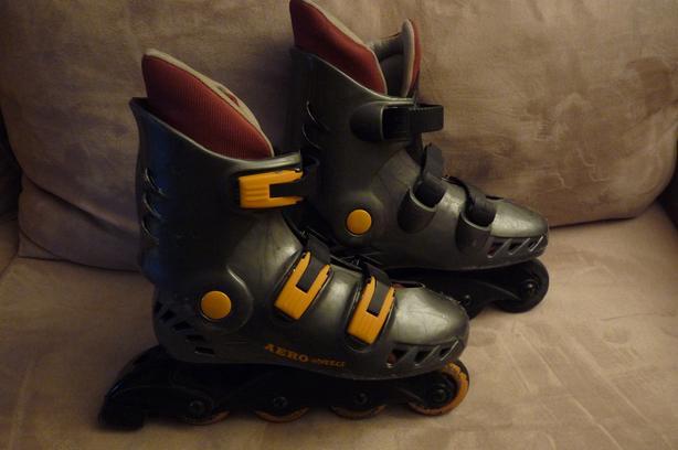 Size 6 Roller Blades / Inline Skates