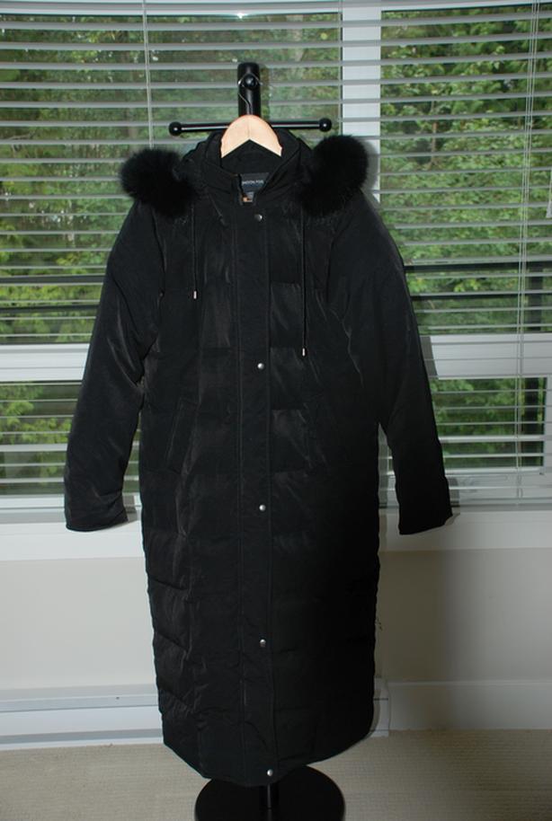 London Fog Ladies' Winter Coat (new, fox fur, full length)