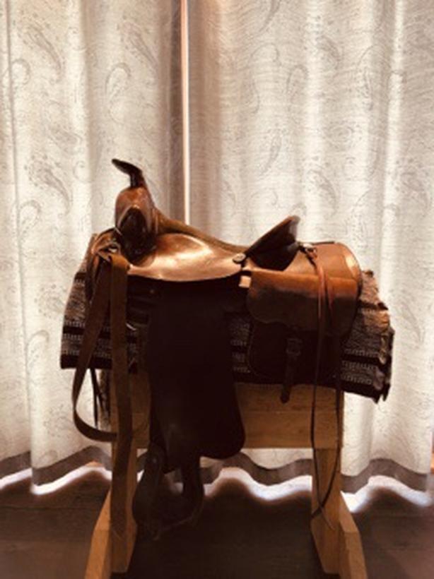 Eamor Western Saddle