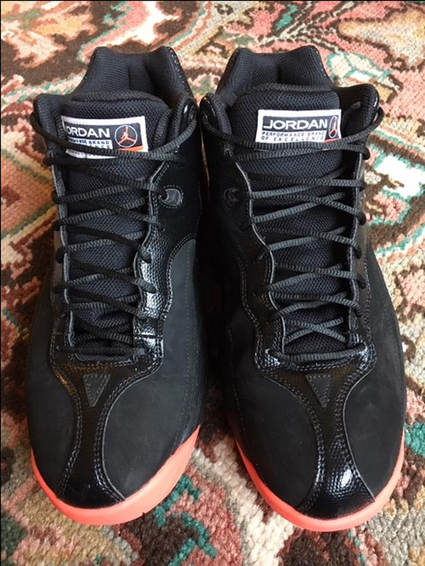 5b49295a7152 Air Jordan Jumpman Team 1 Bred Size 9.5 Victoria City
