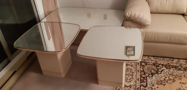 Coffee Table with 2 Sides
