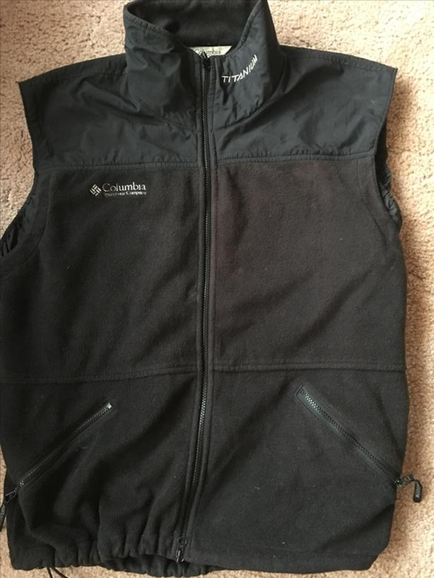 columbia titanium men's black large fleece vest