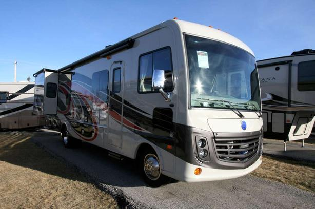 2018 HOLIDAY RAMBLER ADMIRAL 31B