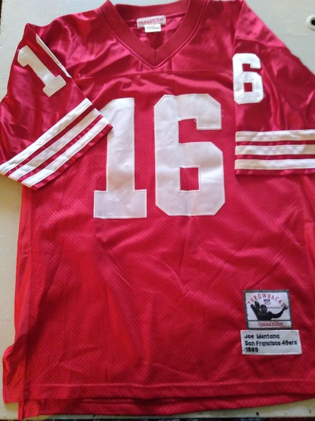 outlet store 5c769 bbd34 Official Joe Montana Jersey 49ers Victoria City, Victoria