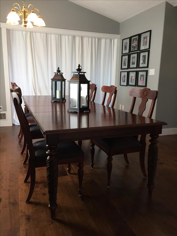 Ethan Allen Dining Table Chairs And Buffet