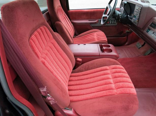 Log In Needed 12 345 Wanted 1988 1994 Chevy Bucket Seats And Console Red