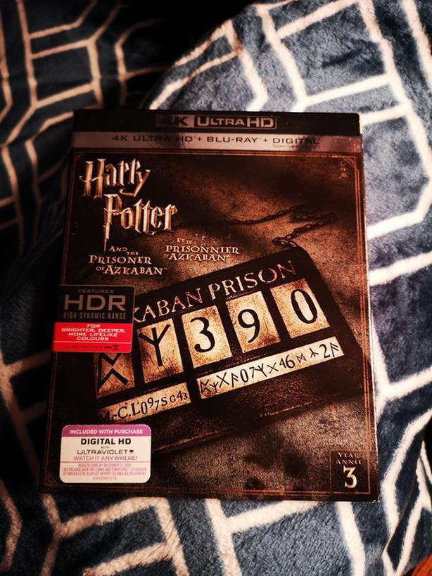 Harry Potter and the Prisoner of Azkaban 4K Blu-ray Outside