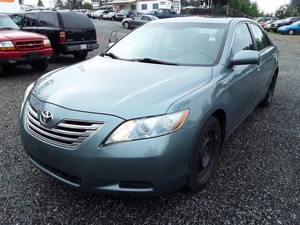 2008 Toyota Camry hybrid loaded unit with push start selling Saturday!