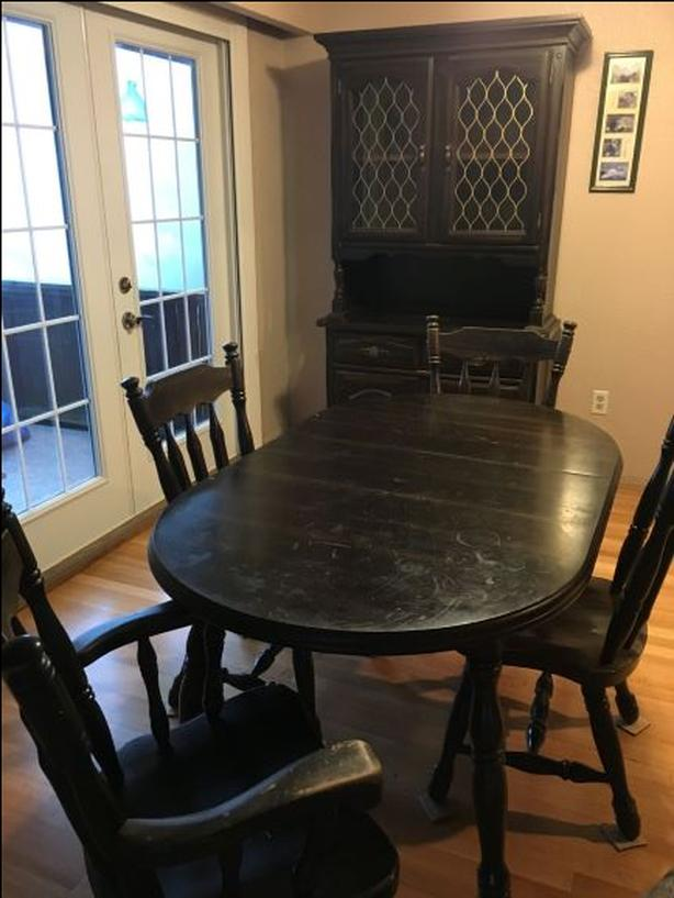 Dining Table And Buffet Hutch Esquimalt View Royal Victoria