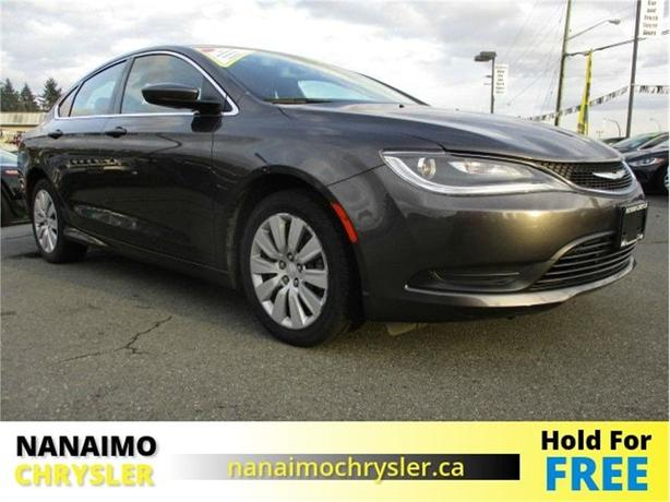 2015 Chrysler 200 LX Low Kilometers BlueTooth