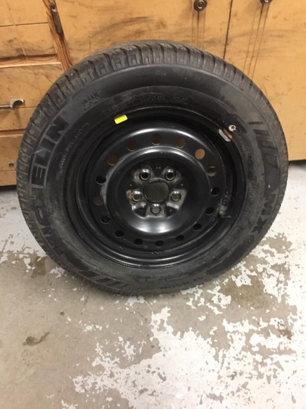 195/65R15 Michelin on steel rim