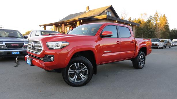 2016 TOYOTA TACOMA DOUBLE CAB TRD SPORT 4X4