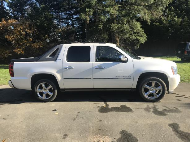 One of a kind fully loaded Chevy Avalanche LTZ!