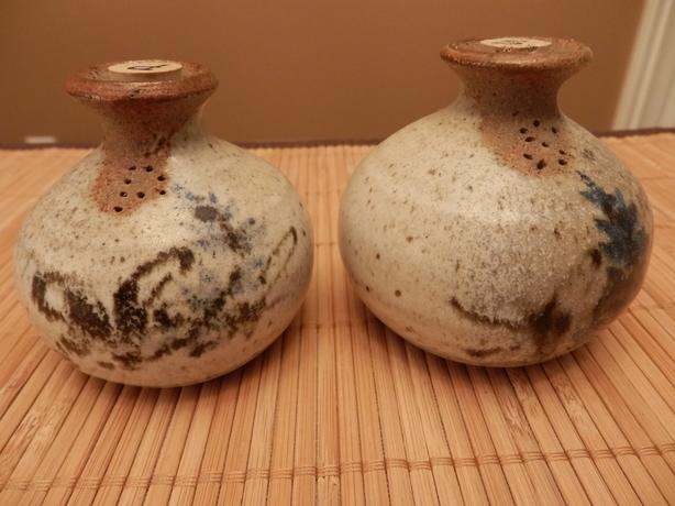 Jane Wolters Pottery - Salt & Pepper Shakers
