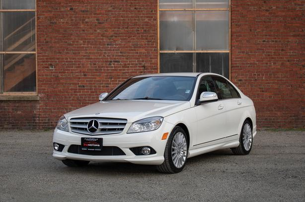 2009 Mercedes-Benz C230 - ONLY 40,*** KM! - LOCAL BC SEDAN!