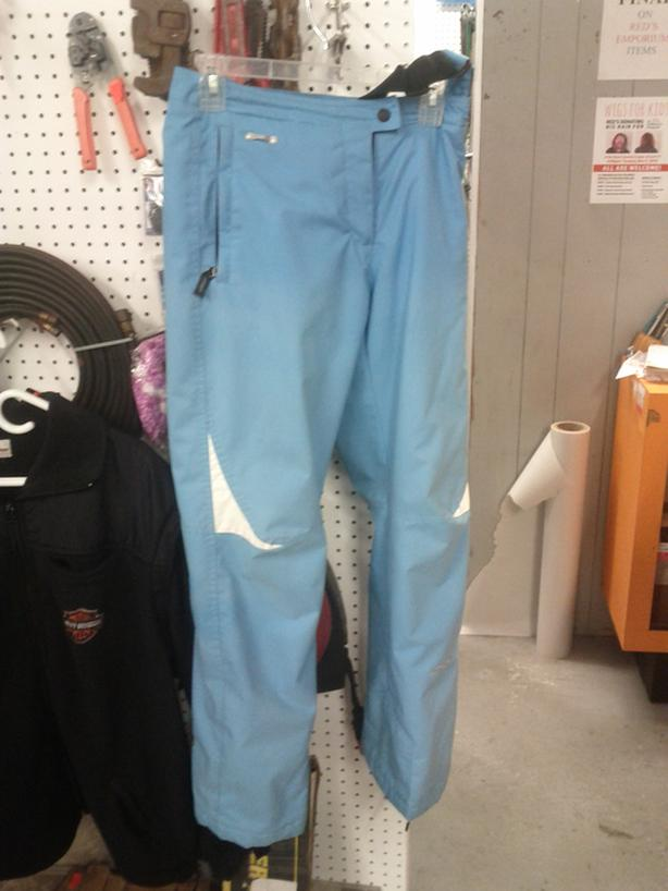 Ladies Size 8 Snow Pant