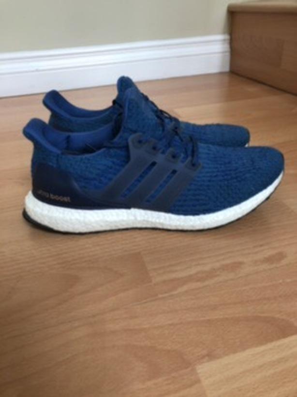 1270834e4e461 Men s ultra boost size 9.5 royal blue for sale! Saanich