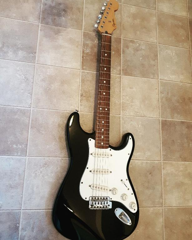 """FOR TRADE: Squier """""""