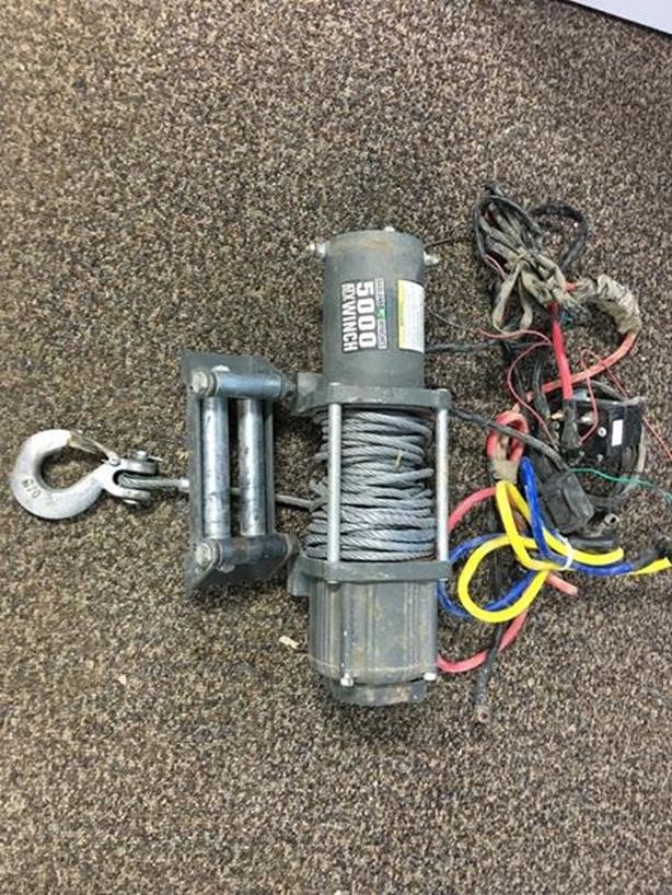 5000lbs badland atv winch - excellent condition